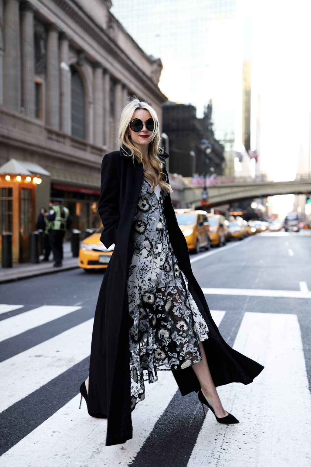 blair-eadie-self-portrait-lace-dress
