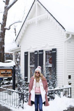 atlantic-pacific-blogger-nyc-aspen-st-regis-polo-burberry-scarf-toggle-topshop-pink-coat-sorel