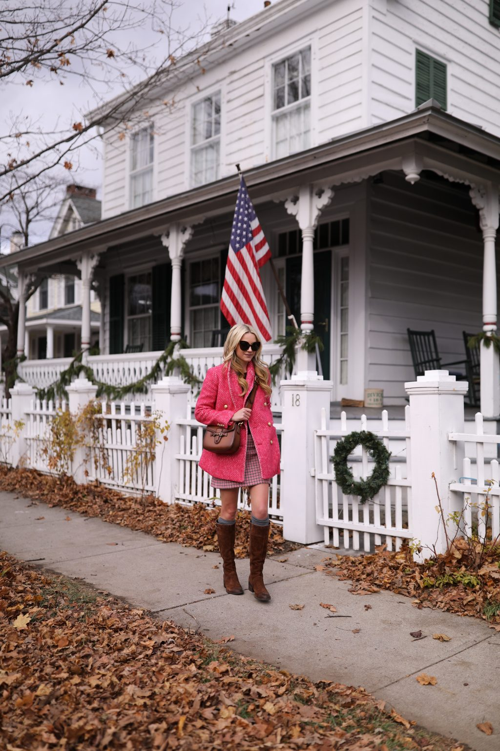 atlantic-pacific-blogger-winter-travel-outfit-holiday-casual-brown-over-the-knee-boots