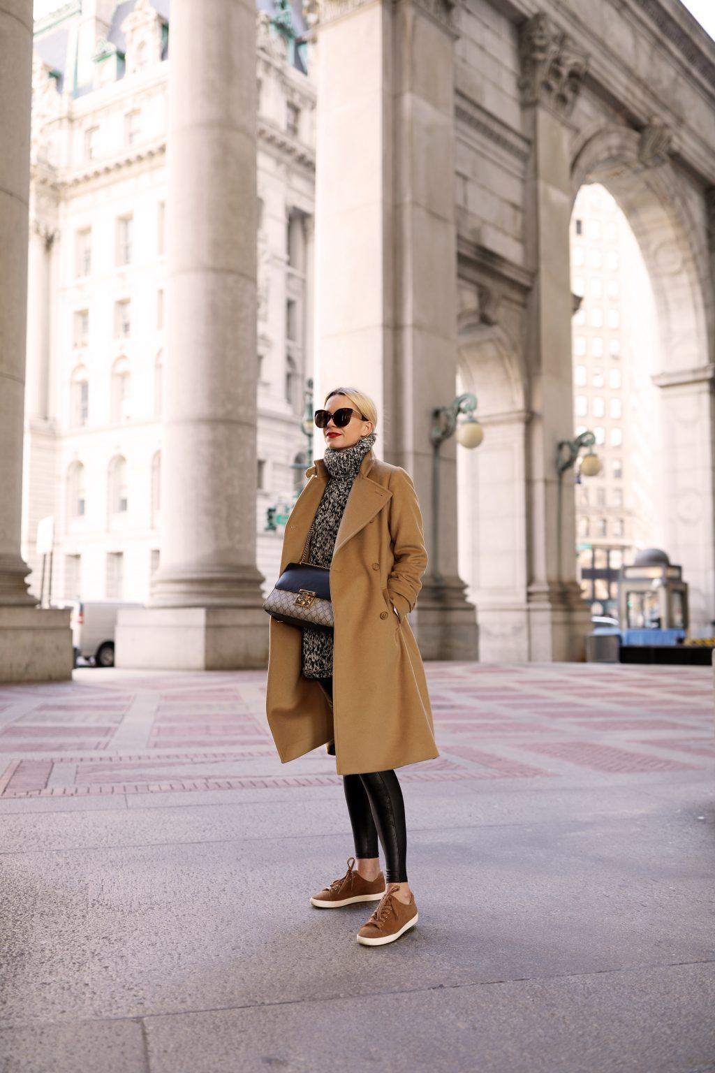 blair-eadie-atlantic-pacific-brooklyn-bridge-nyc-blogger
