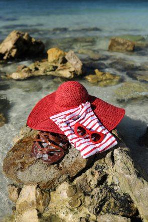 stripe-top-jcrew-saint-james-top-celine-sunnies-sunglasses-cat-eye-red-steve-madden-sandals
