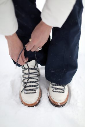white-rag-and-bone-boots-aether-pants-aspen-outfit-fashion-atlantic-pacific