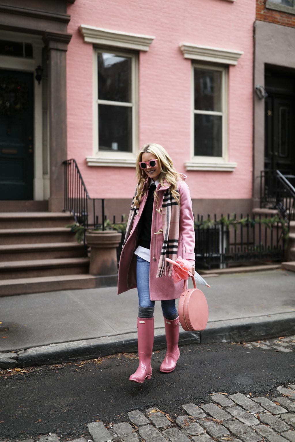 atlantic-pacific-blog-nyc-pin-house-west-village-burberry-scarf