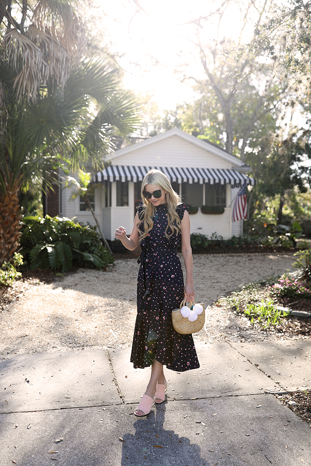 Atlantic-Pacific Fashion Blog // Ditsy floral skirt and top