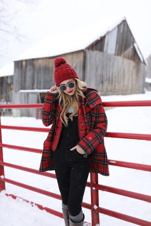 Atlantic Pacific Blog // Blair Eadie Winter Style Snow Outfit