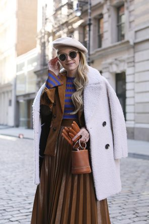 Fall outfit ideas, pleated skirt and stripes